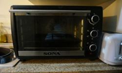 Sona Electric Oven, 35 litre capacity. Big enough to