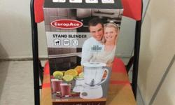 one year used europace blender with two jars for