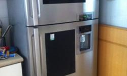 RESERVED LG Fridge bought 2007 - looks good - working