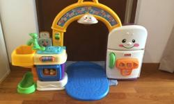 Fisher price playset:) used but great condition audio