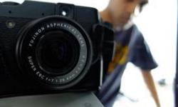 Excellent condition . Fujifilm X10. With original Fuji