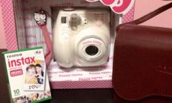 SELLING fujiflim instax mini 7S hello kitty Poloriod