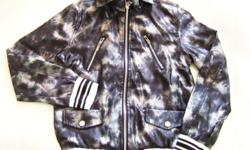 ~~~ FuTuReMen Synthetic SiLK Camo JacKet (Shoulders