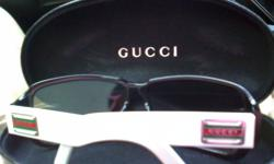 I am sellin a gently used Gucci sunglasses with case,
