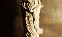 ~~~ Goddess Of MerCy (Kuan Yin) PorCeLain SCuLPTuRe