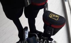 Nice Golf bag with many clubs. Please find the pictures