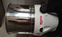 Premier table top wet grinder for sale. Good working