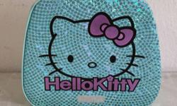 Hello Kitty Hard Bag. Kitty bag comes with vanity