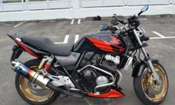 Well maintained and relatively stock cb400 spec III.