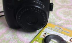 2nd hand instax mini 8s polaroid for sell. Free macro