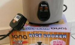 Iona mini rice cooker very good condition 9/10 Can cook