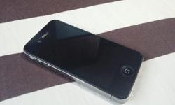 Apple Iphone 4S 32GB Black comes with box, charger and