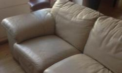 LARGE 3 SEATER LEATHER SOFA. CREAM COLOURED. GOOD