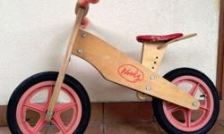 Selling a very good balance bike � great for young kids