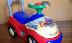 Kids car in excellent condition (used occassionally