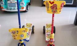 Selling two kids scooters $ 10 Collection from Sengkang