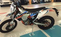 KTM 6 Days 350 EXC-F in perfect condition only 80km on