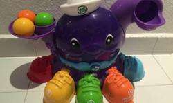 Leapfrog Peek A Shoe Octopus with 5 balls. used but in