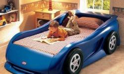 Little tikes car bed was hardly use. In veri good