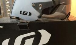 Louis Garneau Time Trail Helmet - used once!! perfect