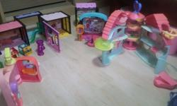 Various LPS (Littlest Pet Shop) houses & accessories