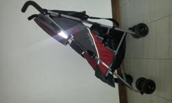 Maclaren Quest baby stroller for sale. Used but in very