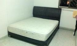 Queen size bed with mattress and headboard Brand: Magic