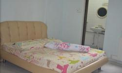 Master bedroom with en-suit for rent chinese lady