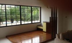Spacious 4-room condo for rent. Master room with