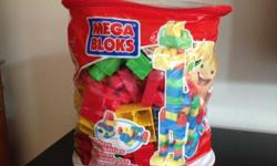 Mega blocks 80pc, 9/10 condition (except the bag is