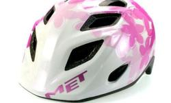 MET Genio Pink Butterflies Kids Helmet S$65 (For direct