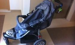 Sturdy and stable pram for baby. You can use it to walk