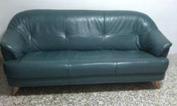 Move out sale 3 seater sofa SGD 25 only Cash n carry,