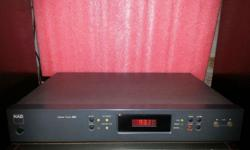 Selling a stereo tuner, Brand: NAD, Model T-402 Good