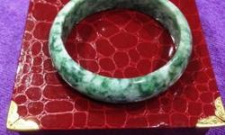 - A Grade Jadeite Bangle / jade bangle - Specific