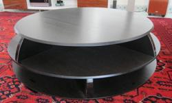 Round two-tier Natuzzi coffee table (Edgar Central