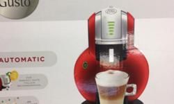 Nescafé Dolce Gusto coffee machine with free 6