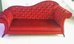 BN 3 Seater Victorian Chesterfield Sofa in Red. Brand