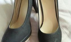 Hight Heel shoes $40 self collection. Size 37. Contact