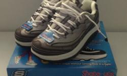 New in box with dvd Skechers Women's Shape-ups Shoes