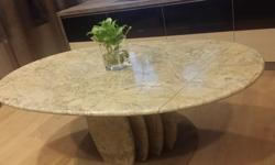Nice n Unique Oval shape Marble coffee table