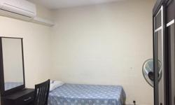 Looking for 1 male to share common room Aircon, Wifi