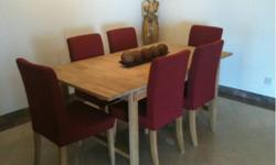 REDUCED TO SELL Oak Dining Table Seats 6 to 8 with 6