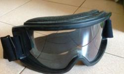 Motocross Goggles New, Never Use. Condition 9.5/10