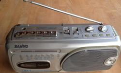 Old school radio with cassette player Can use battery