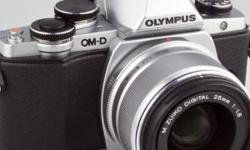 Selling my Olympus OM-D E-M10 (still with 6 months