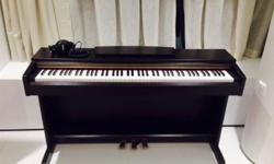 Original Yamaha piano. Has not been used a lot, it is