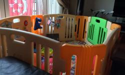 Playpen in very good condition. 6 panels that provides