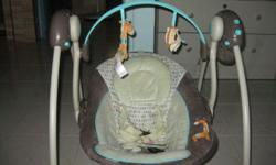 Portable baby swing by Comfort and Harmony Used only