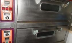 3 TIER PROFESSIONAL BAKERY OVEN FOR SALE USED ONLY FOR